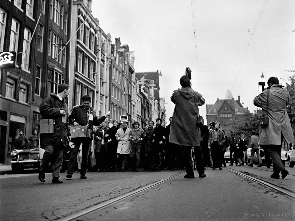 The Food March from the Oudemanhuispoort was answered by police charges.  Courtesy of Paul van Riel